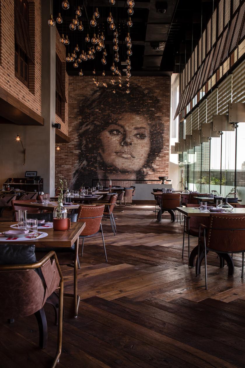 RENAISSANCE HOTEL - ITALIAN RESTAURANT & LIFT LOBBY - 7 copy